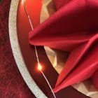 Serviette en non-tissé rouge 40 x 40cm