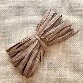 Raphia naturel chocolat spécial déco 10 mètres