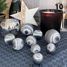 10 Boules en fil scintillant argent 3 tailles assorties