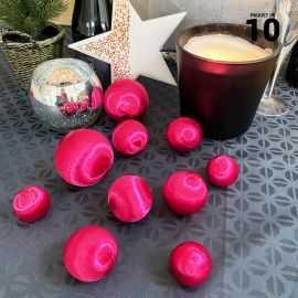 10 Boules en fil scintillant fuchsia 3 tailles assorties