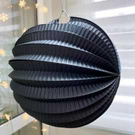 Boule décorative accordéon noire 20 cm.