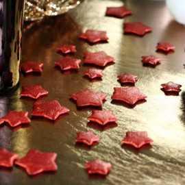 Confettis de table étoiles 3D Rouges