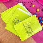 24 Sacs papier à bonbons anniversaire verts.