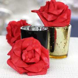 Roses mousse sur tige rouges 8 cm