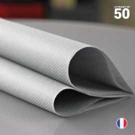 Serviette en non-tissé gris béton. 40 cm x 40 cm.