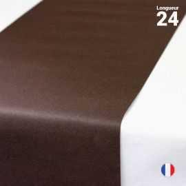 Chemins de table en non-tissé chocolat. 24 mètres.
