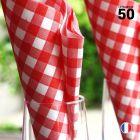 Serviette en non-tissé Vichy rouge 40 cm x 40 cm. Par 50.
