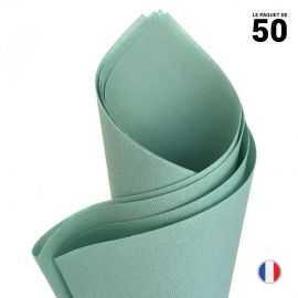 Serviette en non-tissé façon lin. Vert de gris. 40 cm x 40 cm. Par 50.