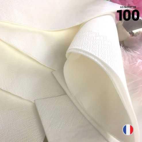 100 serviettes papier blanc. 39 cm x 39 cm. 2 plis.