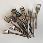Pack 40 mini-fourchettes inox + 40 Mini-serviettes Bio blanches 20cm x 20cm