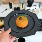 Pack 24 assiettes octo noir-fuchsia 24,5cm et 17,5cm