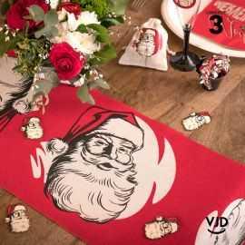 Chemin de table rouge Père Noël d'antan 3 mètres