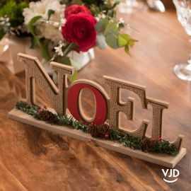 Lettres Noël traditionnel en bois métallisé rouge 31 cm