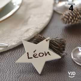 4 marques-place étoile avec cordon, couleur blanche.