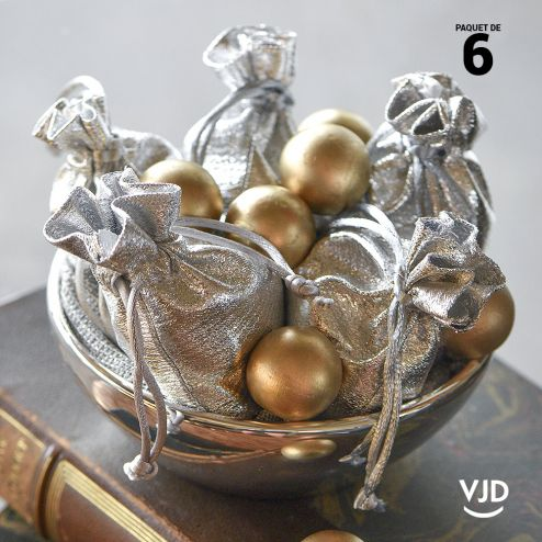 6 pochettes effet brillant couleur argent à lacet