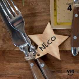 4 marques-places étoile brûlé avec cordelette 16 cm