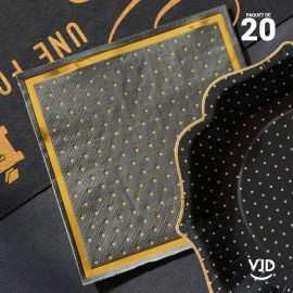 20 Serviettes papier noires bords dorés 16,5 X 16,5 cm.