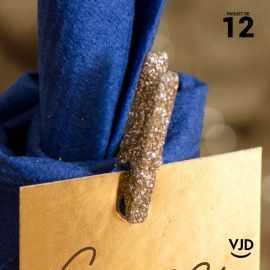 12 mini-pinces en bois or pailletées 2,5 cm