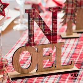 Décoration lettres Noël écossais 21 cm sur socle