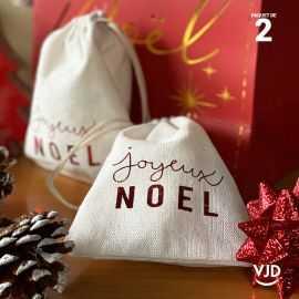2 pochettes Joyeux Noël couleur rouge à lacet
