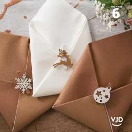 6 pinces en bois Noël enchanté, 5 cm