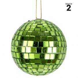 2 boules à facettes verts en verre. 6 cm