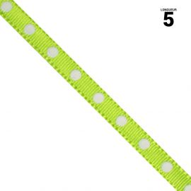 Ruban satin vert à pois. 6 mm x 5 m.
