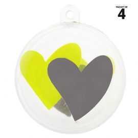 4 petites boules coeurs verts. 5 cm