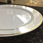 Assiette ronde liseré or 23 cm