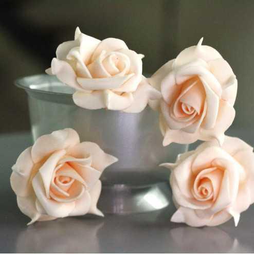Rose mousse sur tige pêche 5 cm