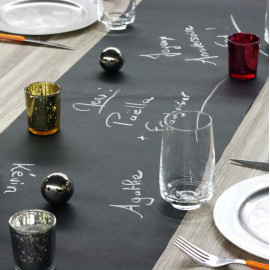 Chemin de table kraft noir