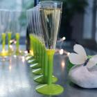 Flûtes à pied plastique 13 cl vert anis
