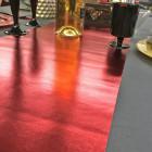 Chemin de table imitation cuir rouge
