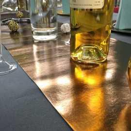 Chemins de table imitation cuir cuivre
