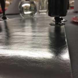 Chemins de table imitation cuir argent