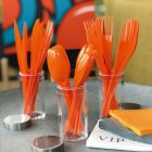 Set de 30 couverts orange. Recyclables - Réutilisables. 3x10