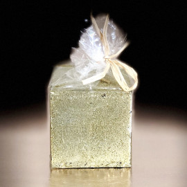Bougie cadeau de table pailletée or 5 cm