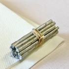 Mini-fagot bois argent décoration 5 cm. Par 4