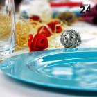 Pack 24 assiettes turquoise. Recyclables - Réutilisables.