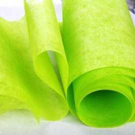 Chemins de table élégance vert anis