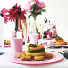 Assiette ronde rose pastel. Recyclable -Réutilisable. Par 12