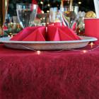 Chemins de table dentelle rouge. 10 mètres