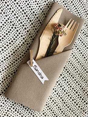 Pliage Serviette Intissee En Pochette Etroite Porte Couverts Vaisselle Jetable Discount